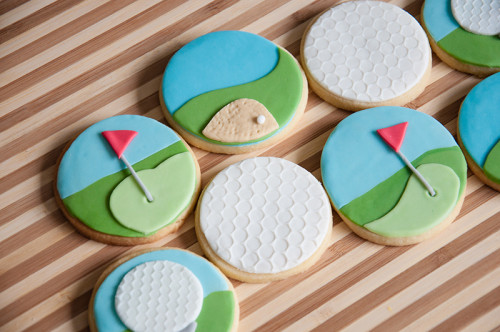 Golf green, golf ball and sand pit cookies