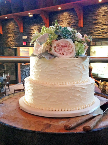 Shelter point distillery wedding, rustic buttercream wedding cake with fresh flower topper