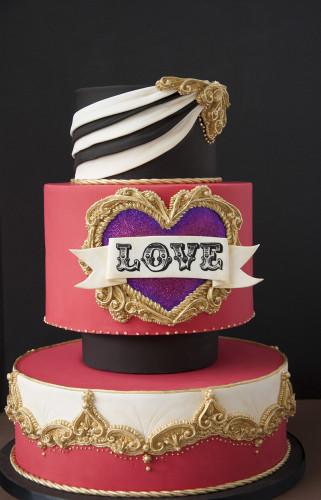 Vintage circus inspired cake design