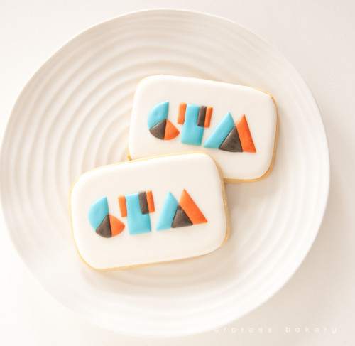 Capture the Moment Media logo cookies