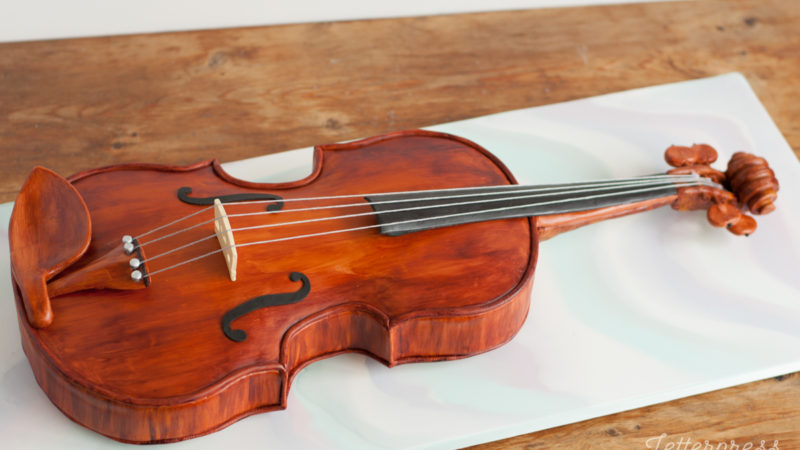 3D Carved Violin Cake